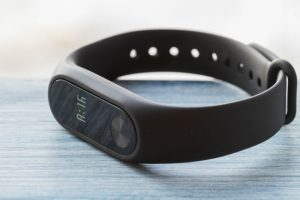 Do Fitness Trackers Improve Health: A Detailed Look